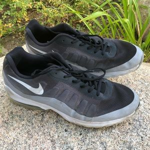 Men's Size 13 Nike Air Tennis Shoes